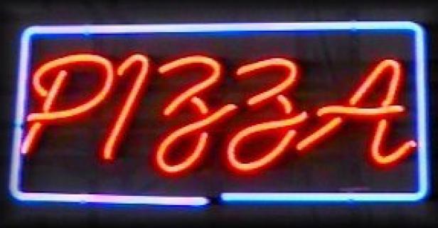 Neon Wewnętrzny- Logo Pizza